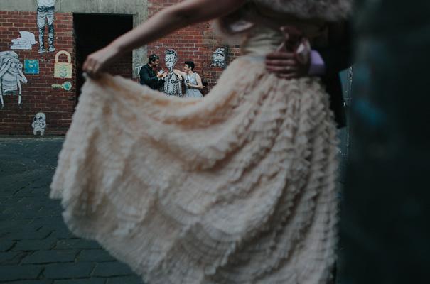 melbourne-urban-wedding-oli-sansom-blush-pink-vintage-retro-wedding-bridal-gown33