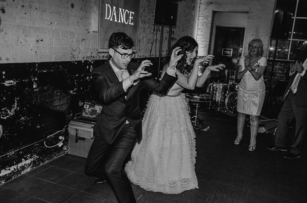 melbourne-urban-wedding-oli-sansom-blush-pink-vintage-retro-wedding-bridal-gown41