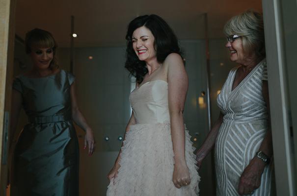 melbourne-urban-wedding-oli-sansom-blush-pink-vintage-retro-wedding-bridal-gown5