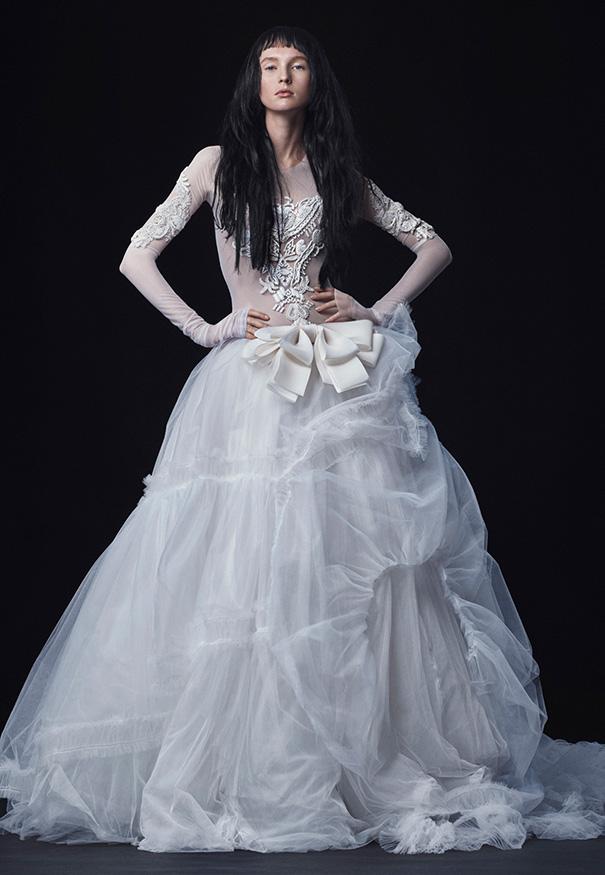 Vera-Wang_FW16-Bridal_Look-11