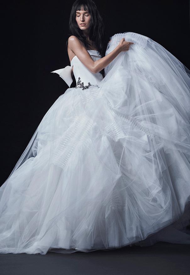 Vera-Wang_FW16-Bridal_Look-13
