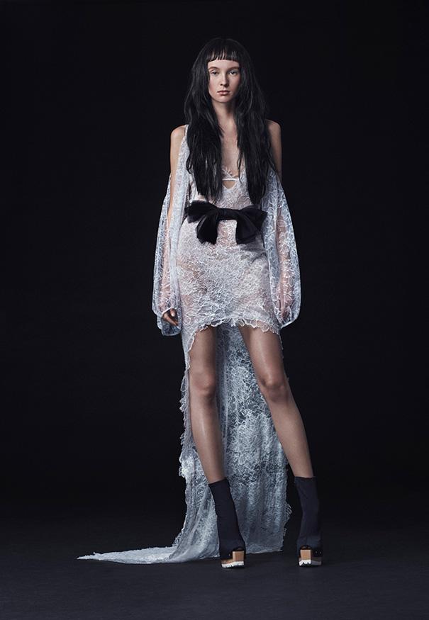 Vera-Wang_FW16-Bridal_Look-4