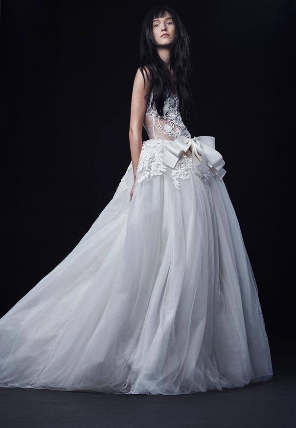Vera-Wang_FW16-Bridal_Look-7