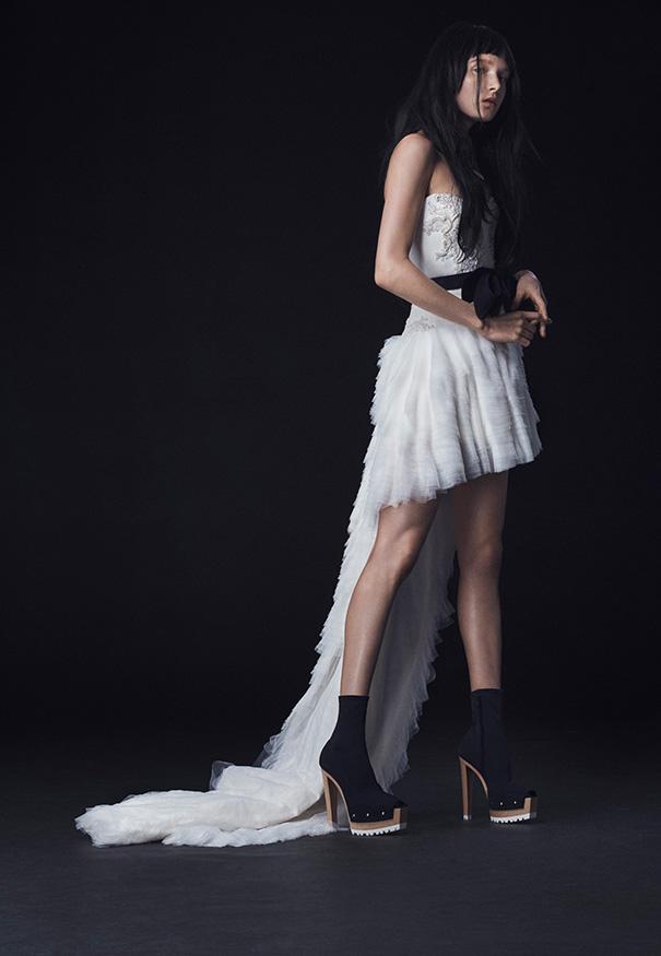 Vera-Wang_FW16-Bridal_Look-9
