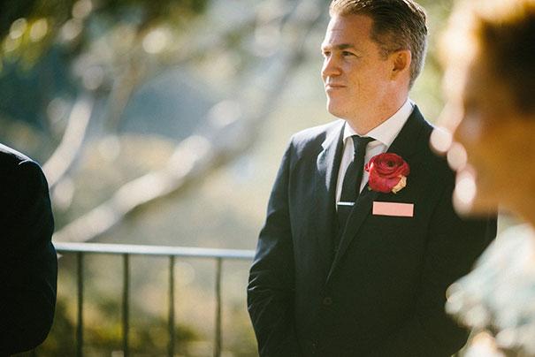 SK--101_Groom-as-bride-enters