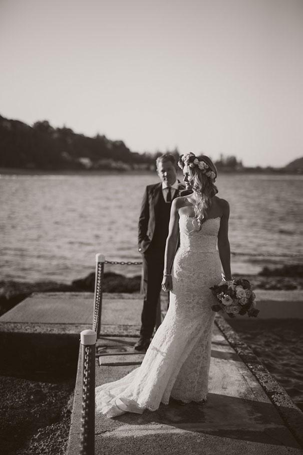 SK--140_Bride-groom-ocean-pool-BW