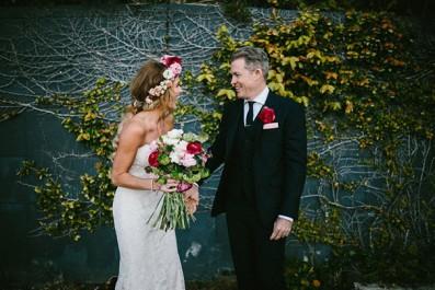 SK--159_Bride-groom-garden-wall