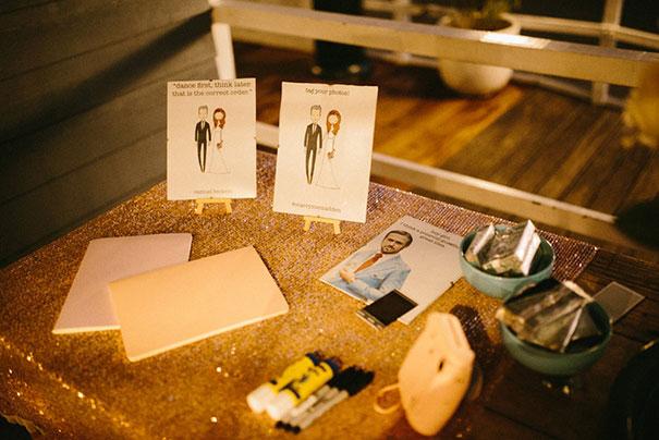 SK--227_Polaroid-Guestbook