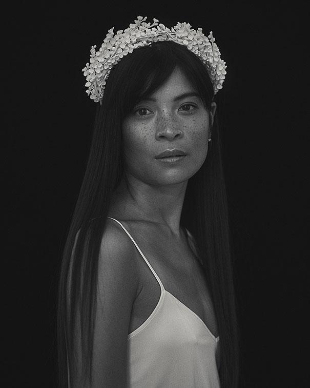 02_Lily-Porcelain-crown