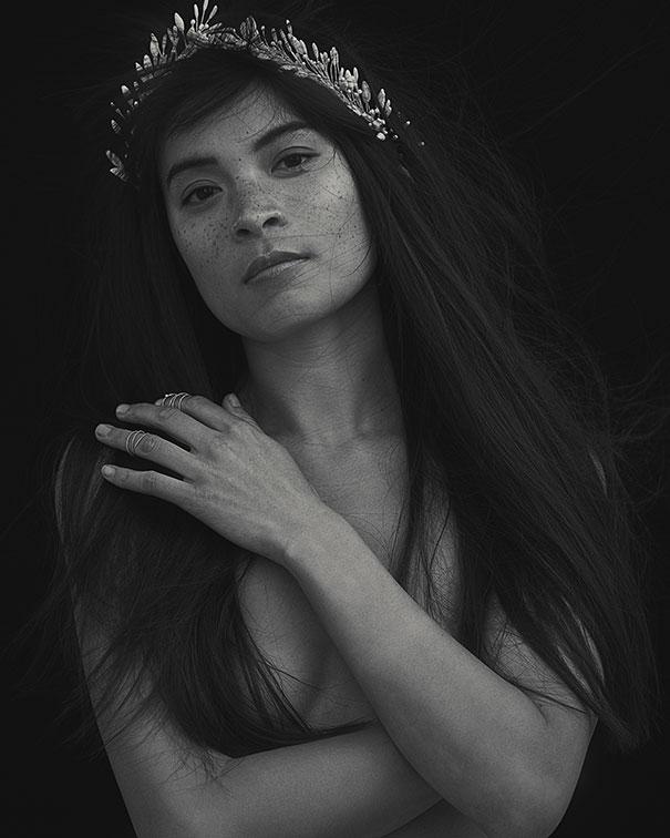 03_Rosa-Porcelain-bud-crown