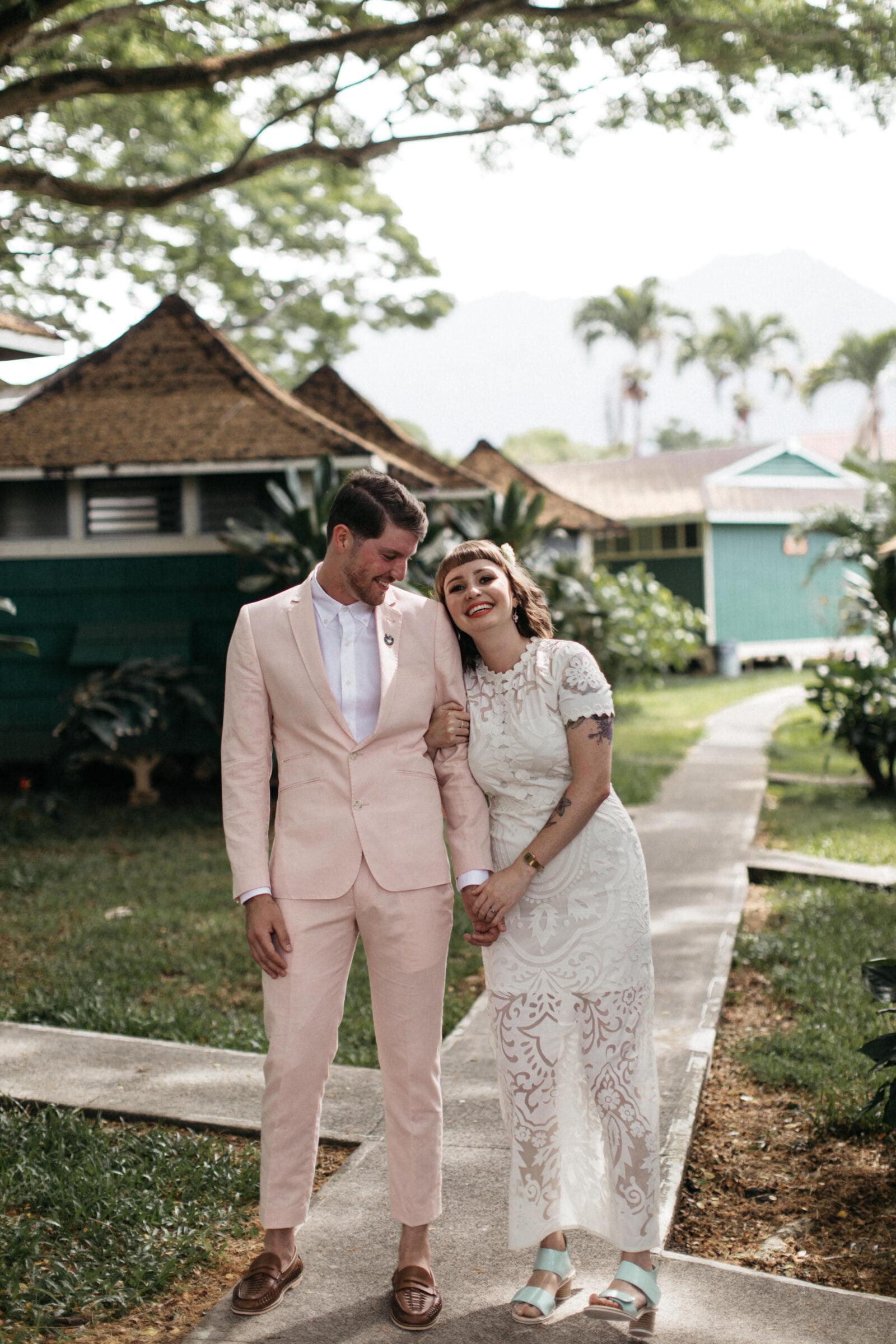 cc6b47c629 BENTLEY   LUKE S HAWAII WEDDING – Hello May