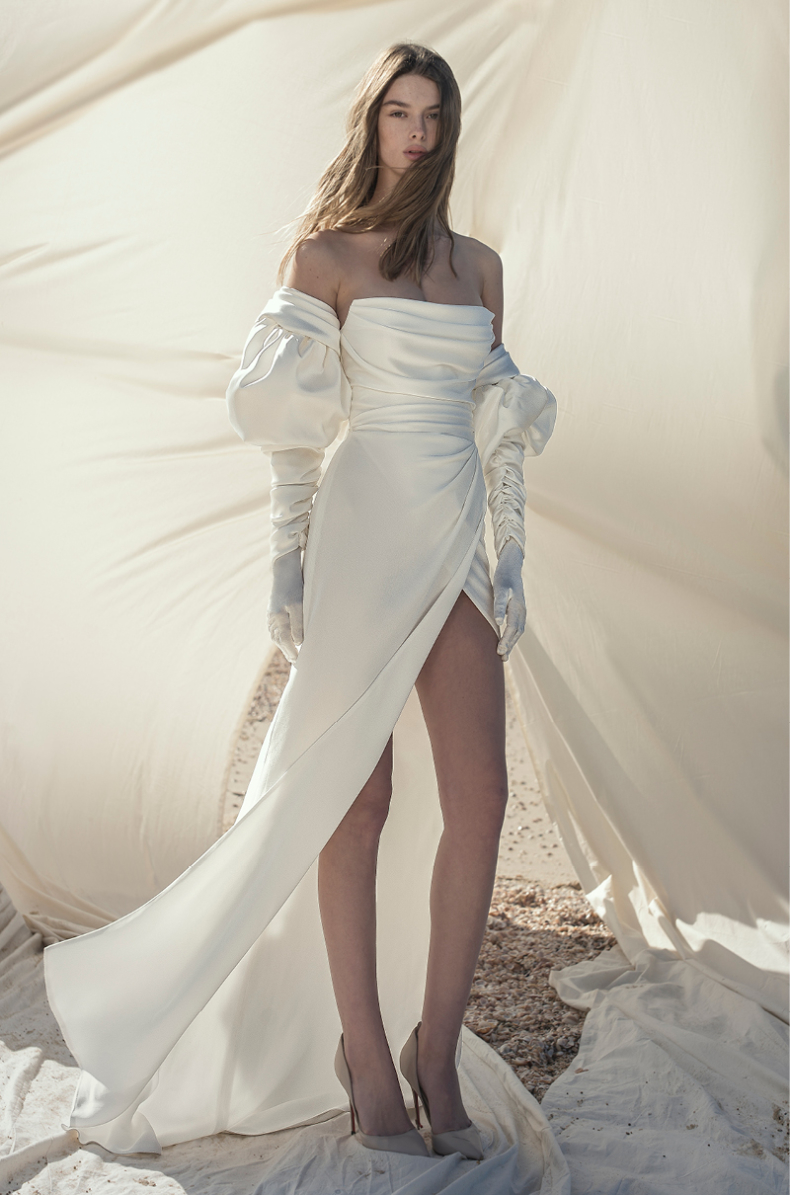 20 NINETIES INSPIRED GOWNS TO SWOON OVER – Hello May